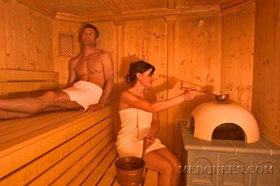Женщины и мужчины без одежды в бане фото 212-653