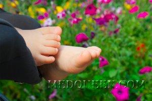 Уход за стопами у детей