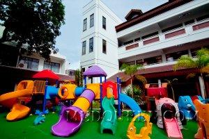Гигиенические требования к участку, зданию и оборудованию в детском дошкольном учреждении